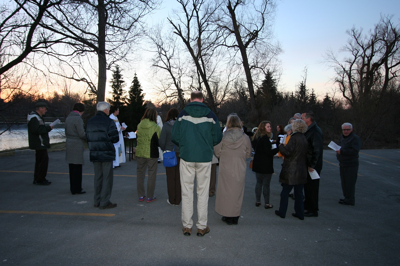Easter Sunrise Service, congregation from back